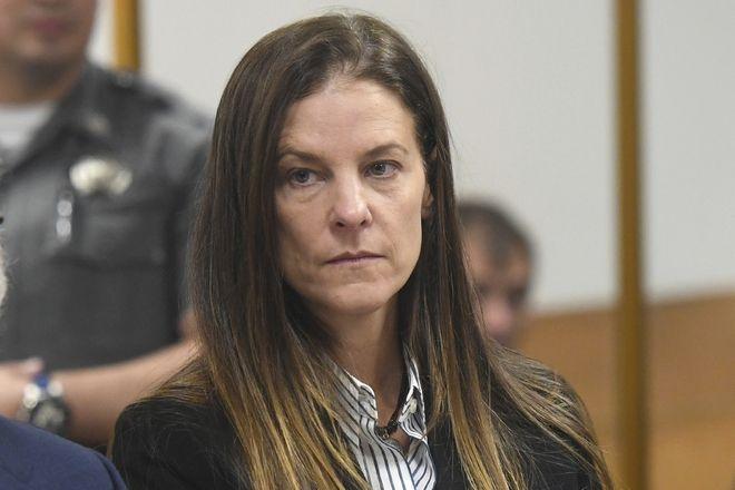 Η Μισέλ Τροκόνις στο δικαστήριο