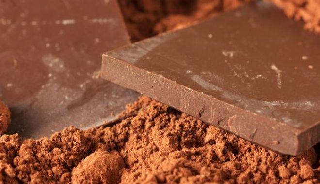 Απίστευτη 'μπάζα': Έκλεψαν... 44 τόνους σοκολάτας