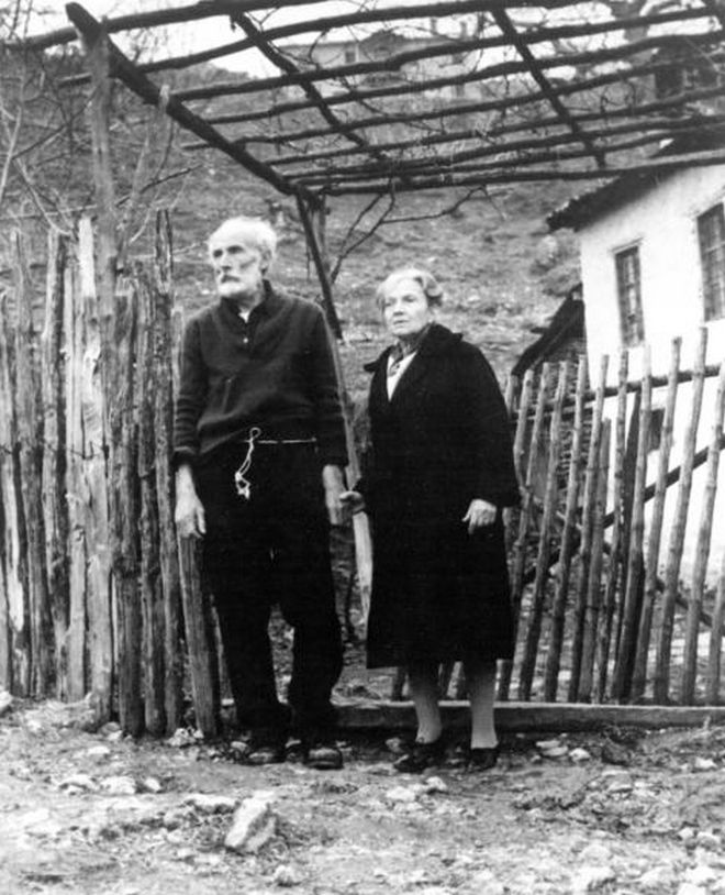 Ο Μάνος Κατράκης και η Ντόρα Βολανάκη στο