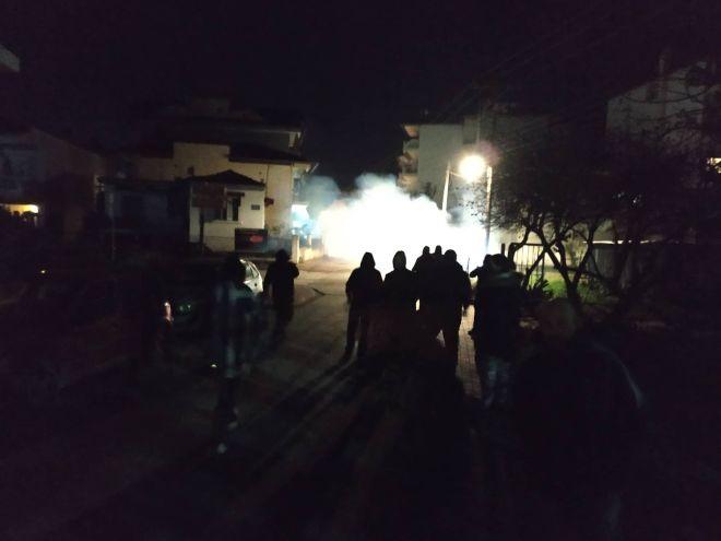 Επεισόδια στην Κατερίνη: Μολότοφ και χημικά έξω από το σπίτι της Σκούφα