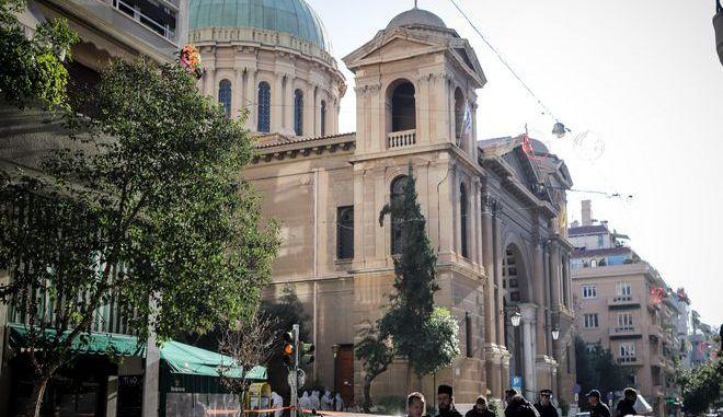 Αυτοσχέδιος εκρηκτικός μηχανισμός εξεράγη έξω από την εκκλησία του Αγίου Διονυσίου