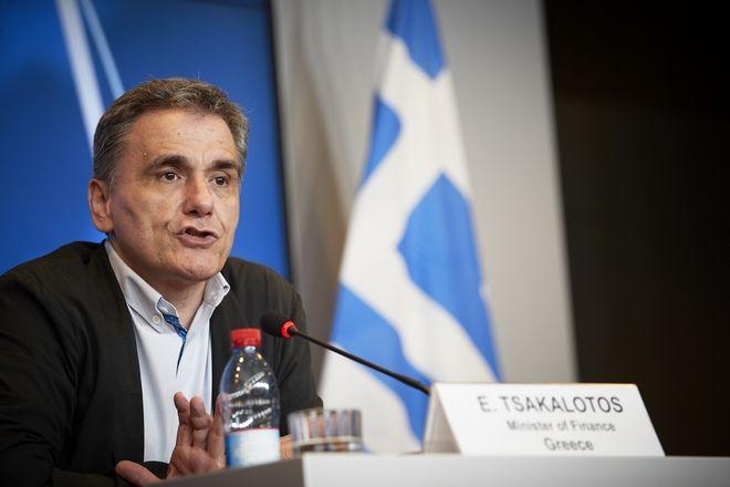 Δηλώσεις του υπουργού Οικονομικών Ευκλείδης Τσακαλώτου και του αναπληρωτή Γιώργου Χουλιαράκη για τα αποτελέσματα του Eurogroup. (EUROKINISSI/ΕΥΡΩΠΑΪΚΗ ΕΝΩΣΗ)