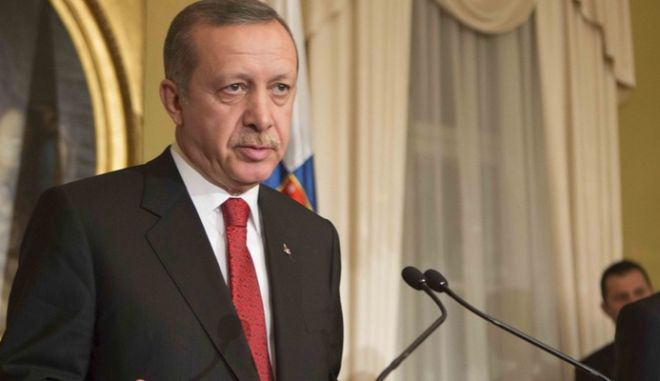 """Με απέλαση προειδοποιεί πρεσβευτές ο Ερντογάν λόγω """"προκλητικών ενεργειών"""""""