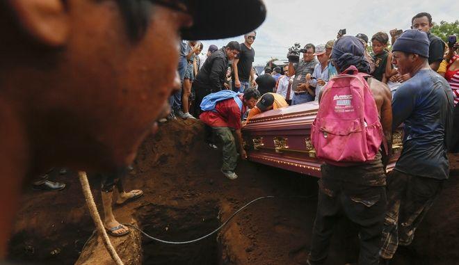 Τουλάχιστον πέντε άνθρωποι σκοτώθηκαν σε επιχειρήσεις της αστυνομίας και παραστρατιωτικών οργανώσεων στην πρωτεύουσα της Νικαράγουας Μανάγκουα