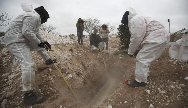 Τάφοι στο Μεξικό (φωτογραφία αρχείου)