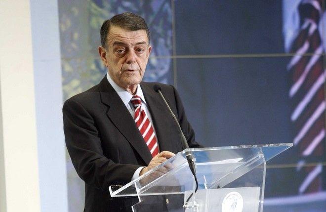 Ο Πρόεδρος Μίνως Κυριακού σε στιγμιότυπο απο την κοπή πίτας του Πανελληνίου,σήμερα Τετάρτη 02 Φεβρουαρίου 2009   ( EUROKINISSI / ΧΑΣΙΑΛΗΣ ΒΑΪΟΣ )