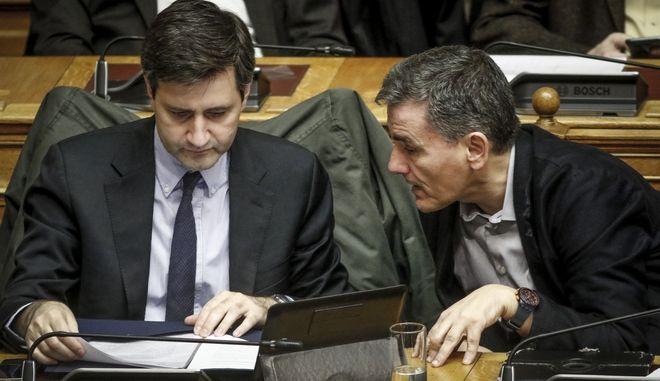 Στην Ουάσινγκτον ο υπουργός Οικονομικών Ευκλείδης Τσακαλώτος και ο αναπληρωτής του Γιώργος Χουλιαράκης