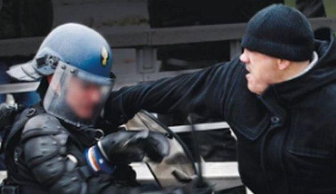 Φυλάκιση ενός έτους στον πυγμάχο των Κίτρινων Γιλέκων