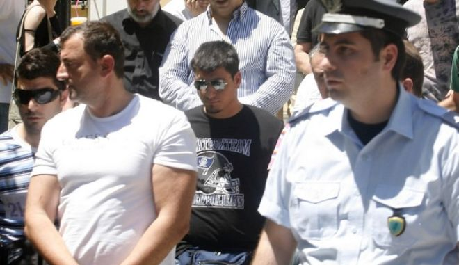 23-6-2011-ΑΘΗΝΑ-Στον εισαγγελέα οι δέκα συλληφθέντες για την πολύκροτη υπόθεση των στημένων ποδοσφαιρικών αγώνων// ΤΗ ΦΩΤΟΓΡΑΦΙΑ Ο ΓΙΩΡΓΟΣ ΤΣΑΚΟΓΙΑΝΝΗΣ (Δ).(EUROKINISSI)