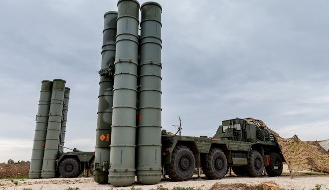 In this photo taken on Wednesday, Dec.  16, 2015 and provided by the Russian Defense Ministry Press Service, Russian S-400 long-range air defense missile systems are deployed at Hemeimeem air base in Syria. Russia has been carrying out an air campaign in Syria since Sept. 30. (Vadim Savitsky/Russian Defense Ministry Press Service via AP)