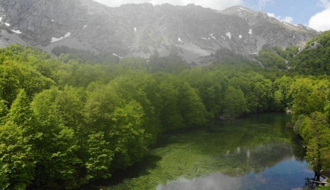 Λίμνη στην Πίνδο