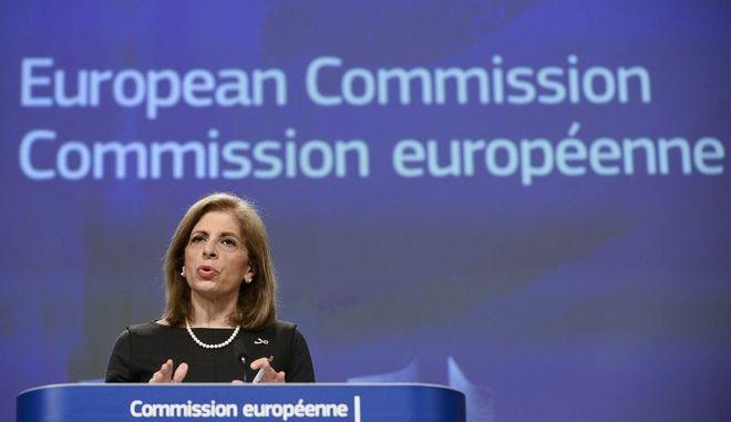 Η επίτροπος Υγείας της ΕΕ Στέλλα Κυριακίδου