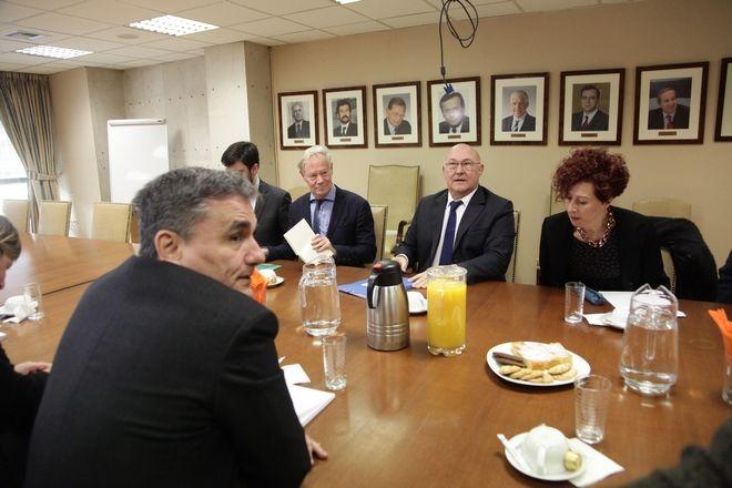 Συνάντηση του υπουργού Οικονομικών Ευκλείδη Τσακαλώτου με τον Γάλλο υπουργό Οικονομικών Μισέλ Σαπέν στο υπουργείο Οικονομικών, την Παρασκευή 3 Μαρτίου 2017. (EUROKINISSI/ΓΙΑΝΝΗΣ ΠΑΝΑΓΟΠΟΥΛΟΣ)