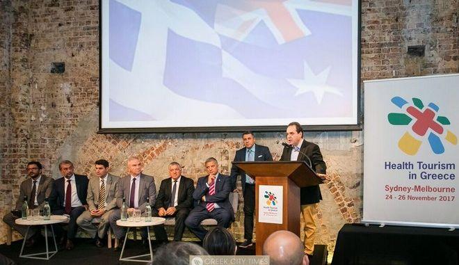 Στο πλευρό της 'Αποστολής' η αυστραλιανή εκκλησία