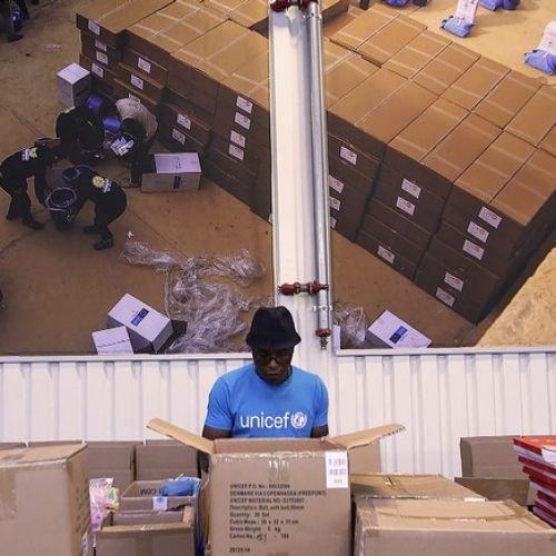 Διανομή εμβολίων από την UNICEF