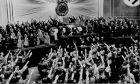 Όταν οι Γερμανοί πεινούσαν στράφηκαν στο Χίτλερ. Τώρα τι ζητούν από τους Έλληνες;