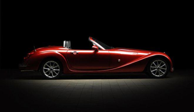 Mitsuoka Roadster. Ένα ανοικτό διθέσιο με αγγλικό στιλ