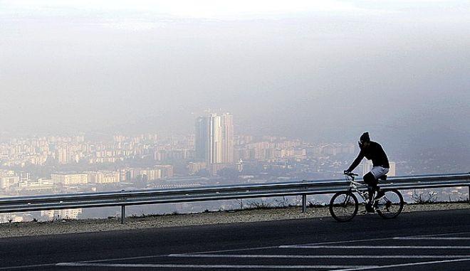 Αποψη από τα Σκόπια. Το νέφος είναι εμφανέστατο