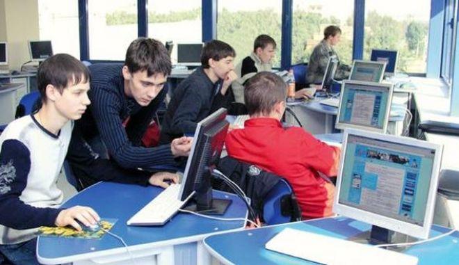 Επένδυση 280 εκατ. δολαρίων για την ψηφιοποίηση των σχολείων της Μόσχας