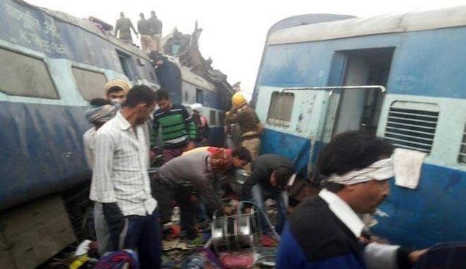 Ινδία: Τουλάχιστον 146 οι νεκροί από το σιδηροδρομικό δυστύχημα