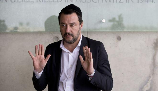Ματέο Σαλβίνι, Ιταλός ακροδεξιός πολιτικός