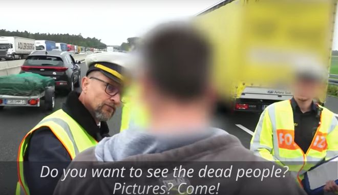 """""""Θες να τραβήξεις φωτογραφία τον νεκρό; Έλα!"""" Σοκαριστικό video από τροχαίο στη Γερμανία"""