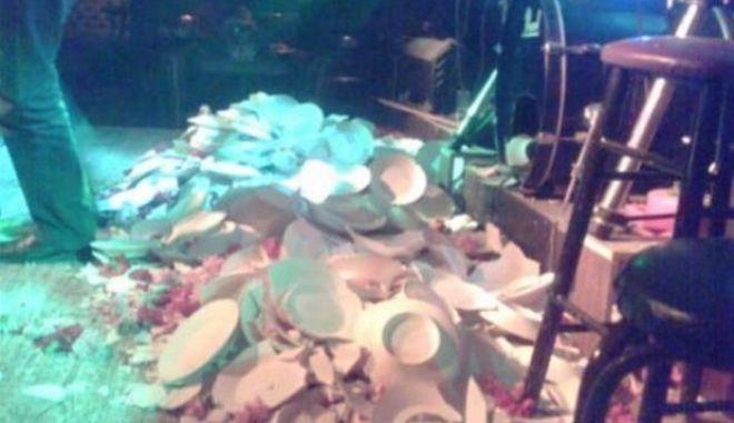 Μηχανή του Χρόνου: Η χρονιά που έσπασαν 200 χιλιάδες πιάτα στη νυχτερινή Αθήνα του '60