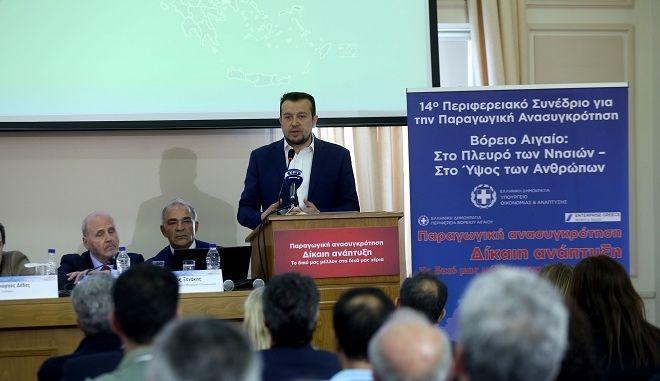 Ο υπουργός ΨΗΠΤΕ, Νίκος Παππάς από το 14ο Περιφερειακό Συνέδριο που διεξάγεται στη Λέσβο