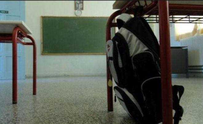 Τι αλλάζει σε δημοτικά, Γυμνάσια και Λύκειο-Τέλος και επίσημα στην αξιολόγηση των εκπαιδευτικών