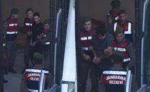 Βίντεο: Η στιγμή της μεταγωγής των δυο Ελλήνων στρατιωτικών στην Αδριανούπολη