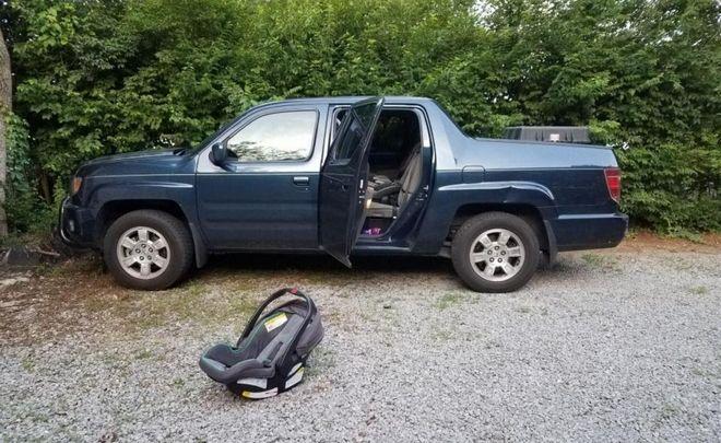 Τραγωδία: Ξέχασε το μωρό μέσα στο αυτοκίνητο και πέθανε