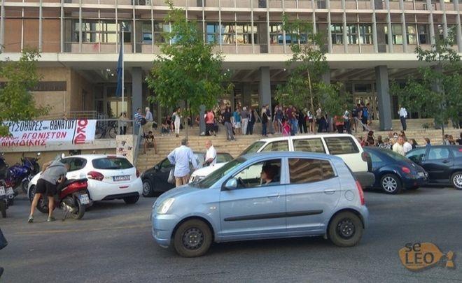 Νεαρός βρέθηκε κρεμασμένος έξω από το Δικαστικό Μέγαρο Θεσσαλονίκης