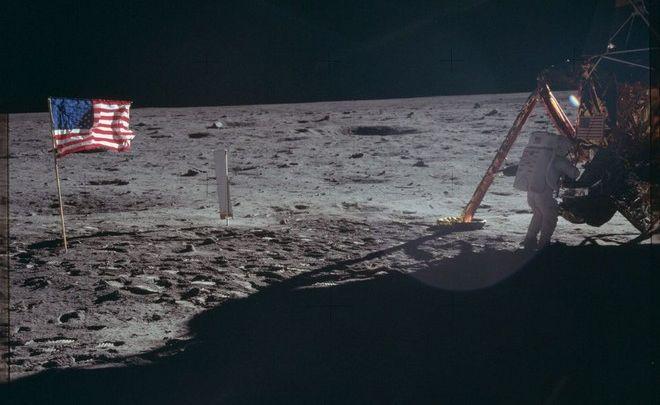 Στο φως ανέκδοτα ντοκουμέντα από το Apollo 11-Σε ποιον ανήκει το φεγγάρι