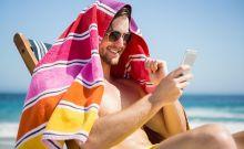 Οι πιο κουλ ανδρικές πετσέτες θαλάσσης για να λιώσεις στην ξαπλώστρα