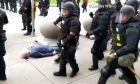 Βίντεο σοκ: Αστυνομικοί στη Νέα Υόρκη ρίχνουν 75χρονο στο έδαφος