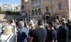 """""""Χάδια"""" στους ιερείς, καμπανάκι σε Θεσσαλονίκη, Σέρρες, Ιωάννινα για lockdown"""