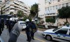 Νεοσμυρνιώτης τραυμάτισε ξαπλωμένος πέντε αστυνομικούς - Ντροπή του!